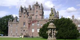 Գլեմիս Ամրոց, Սթրաթմոր, Շոտլանդիա