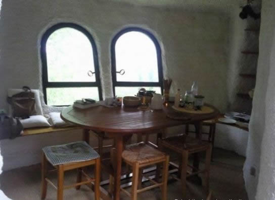 20 weird house in alps