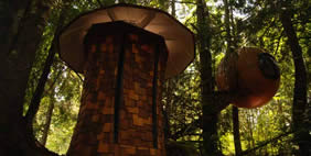 Գնդաձև Տներ, Բրիտանական Կոլումբիա, Կանադա