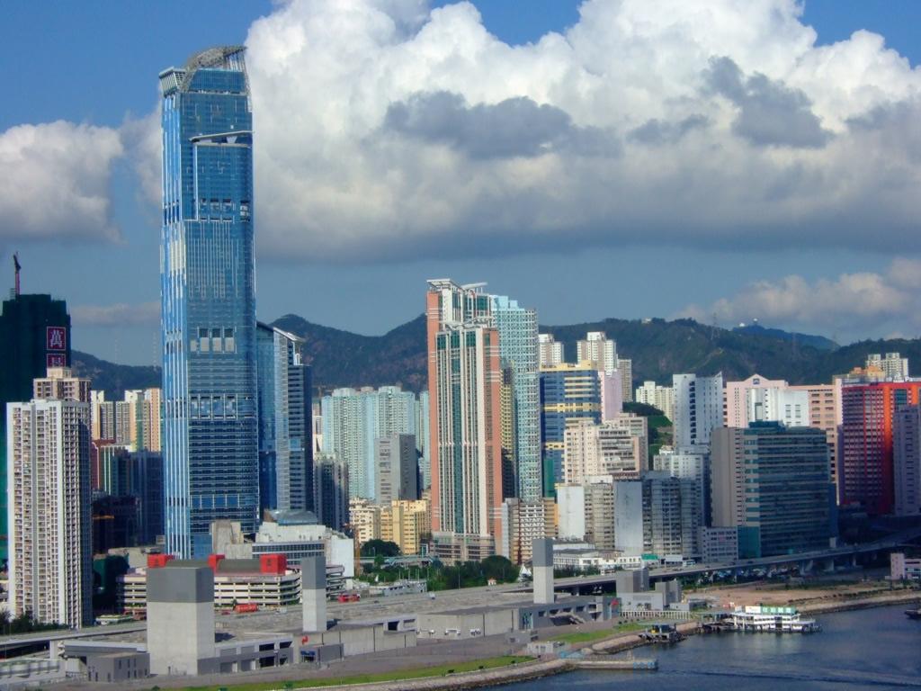 nina tower hotel hong kong